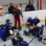 ХК «Волга» скрестила клюшки со следж-хоккеистами